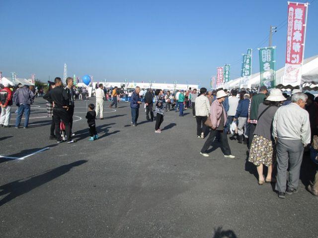豊前海の幸が大集合!第16回豊築漁港さかな祭