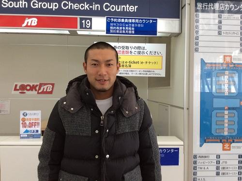 柳田選手グアムに向かう直前華マルシェだけに「笑顔の年賀状」