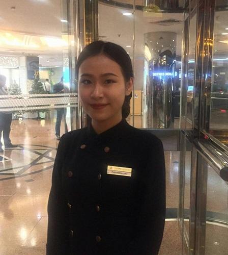 ベトナムハノイのホテルで受付担当をしています❤