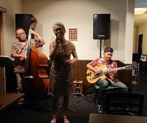 ステーキハウス「蜂」ジャズ ナイト ライブ開催